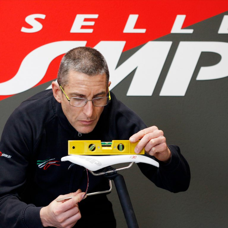 Adjusting the SMP saddle: the way to comfort