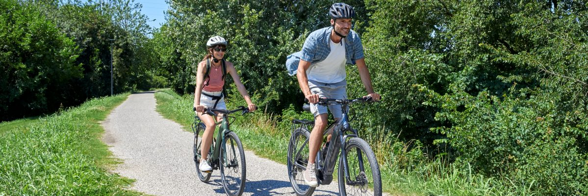 Bike touring and short trips: new ways to enjoy cycling with the comfort of Selle SMP saddles